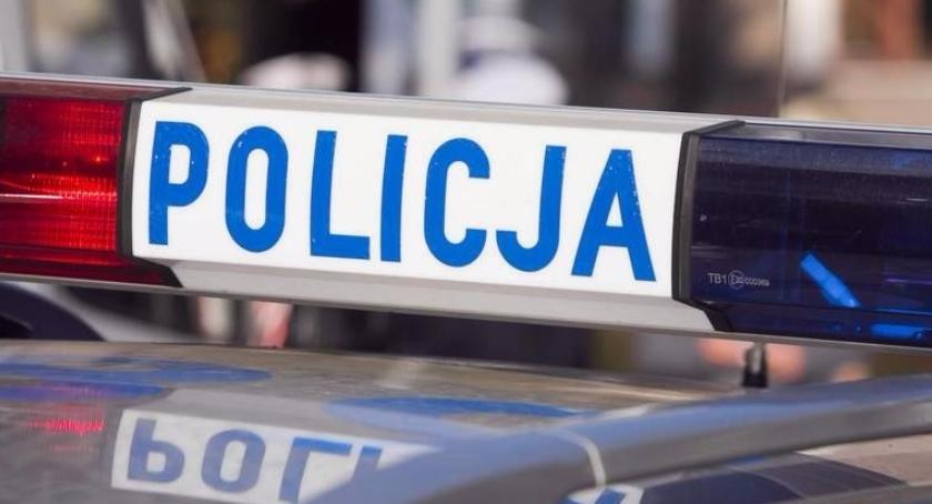 Dzielnicowi zatrzymali poszukiwanego 27-latka