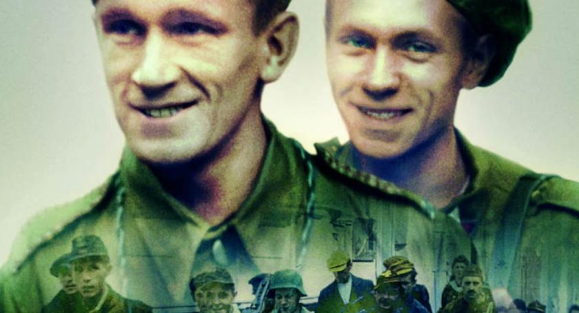 Pokaz filmu Powstanie Warszawskie