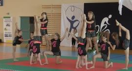 pokaz-gimnastyczno
